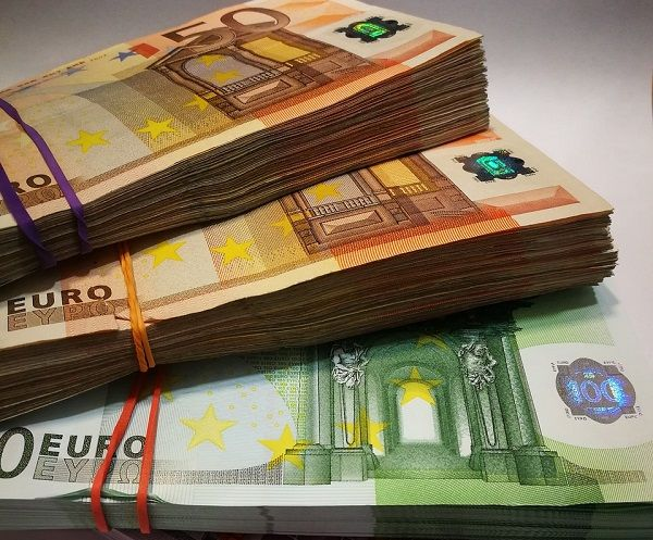 cum să faci bani și să trăiești în străinătate cum faci bani în moduri serioase