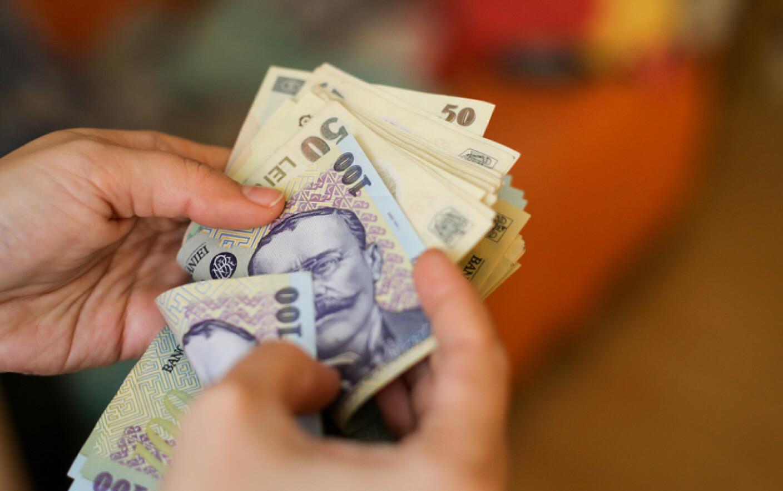 Cum să câștigi ușor și rapid bani online