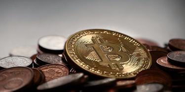 este posibil să retragi bitcoini în bani reali