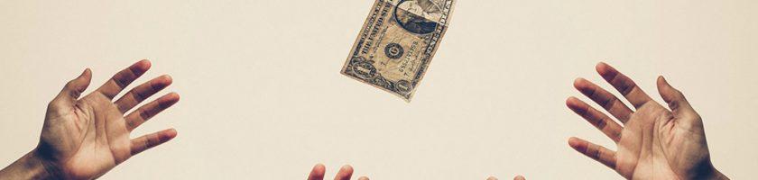 Cum puteţi câştiga bani online folosind investiţia inteligentă