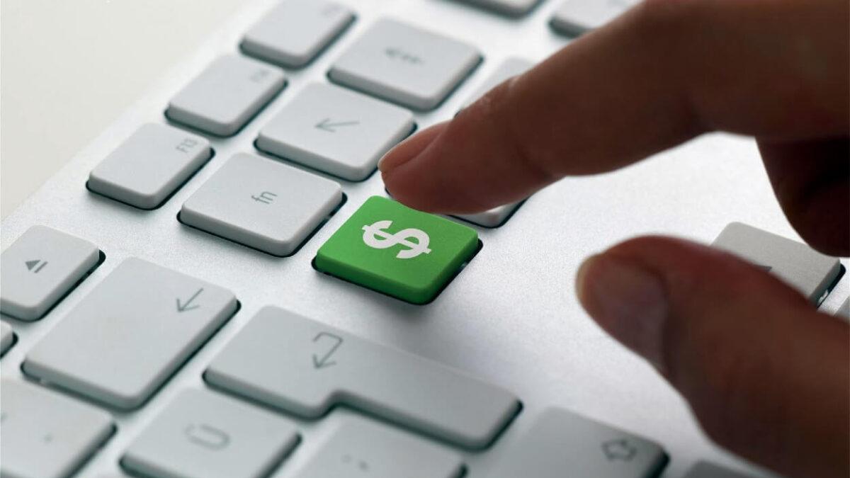 în cazul în care este mai bine să investească bani online)