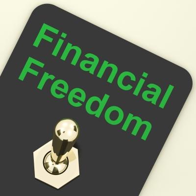 Cum îi învățăm pe copii despre independența financiară