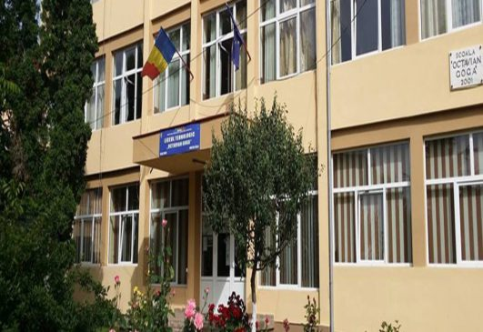Admitere liceu 2020-2021: a început completarea fișelor cu opțiuni