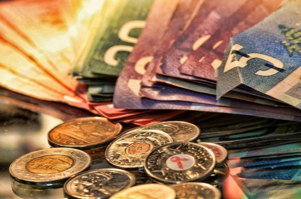 câștigați bani în uhlan ar trebui să repezi foarte mult)