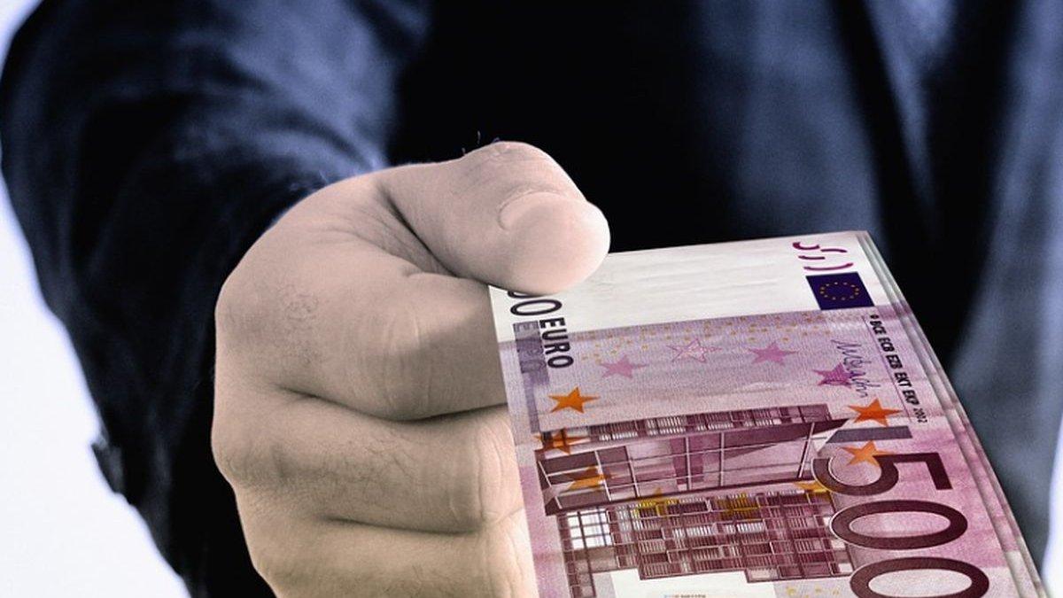 Cum Pot Câștiga Mulți Bani în Cazinou - Cum să câștigi bani cu afilieri la cazinouri online