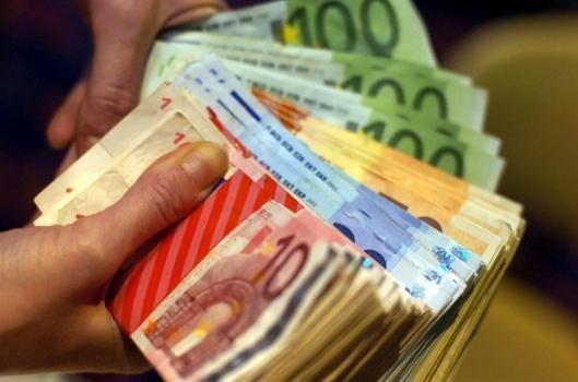cumpărați opțiunea de vânzare în dolari 101 secrete de tranzacționare a opțiunilor Truster K.