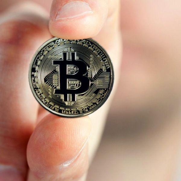 cumpărare de mașini bitcoin