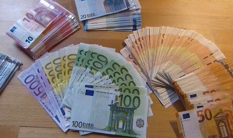 cum să faci bani într- o lună)