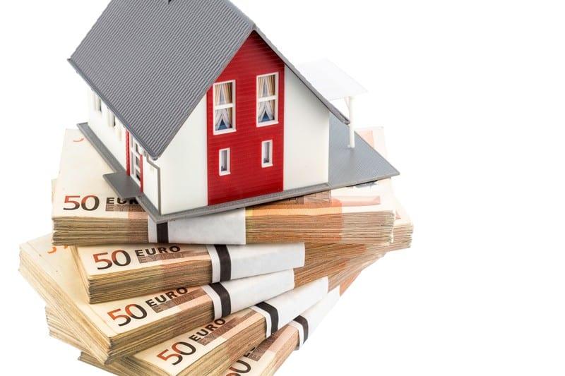 cum poate câștiga bani un agent imobiliar