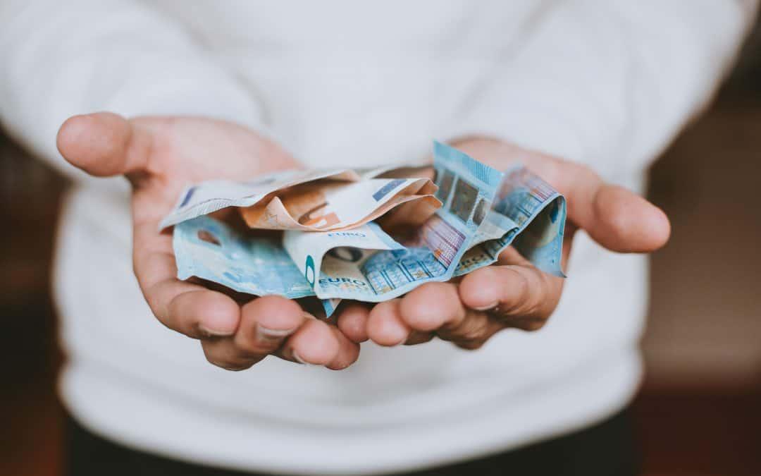 nu poți câștiga bani la locul de muncă)