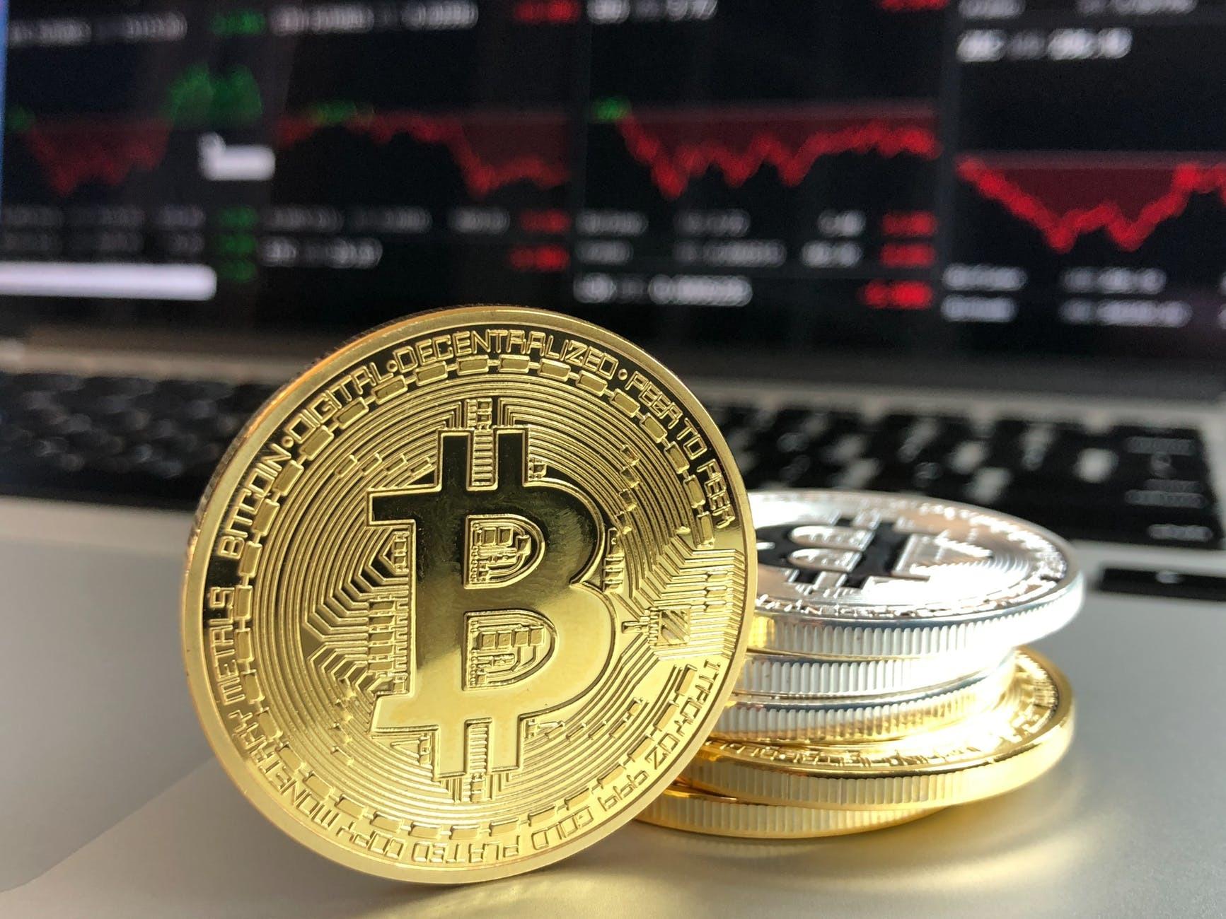 am furat bitcoini ce să fac)