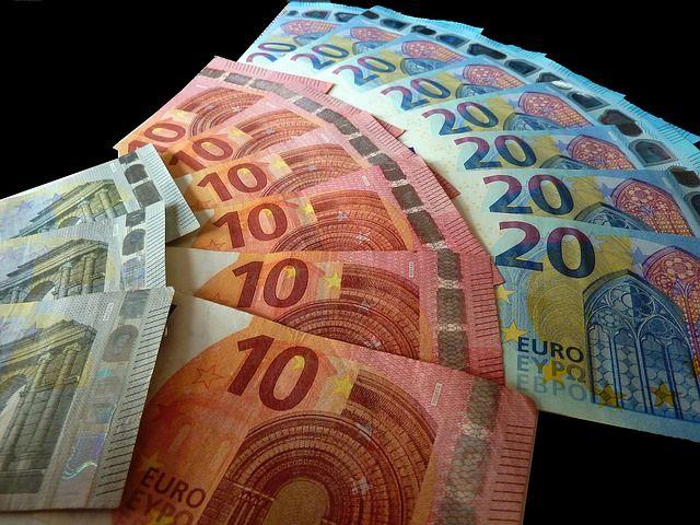 Câștigați Bani Pe Site-ul Online