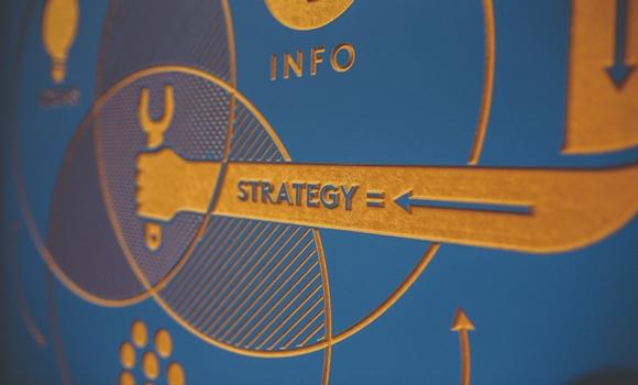 construim strategii pentru opțiuni)