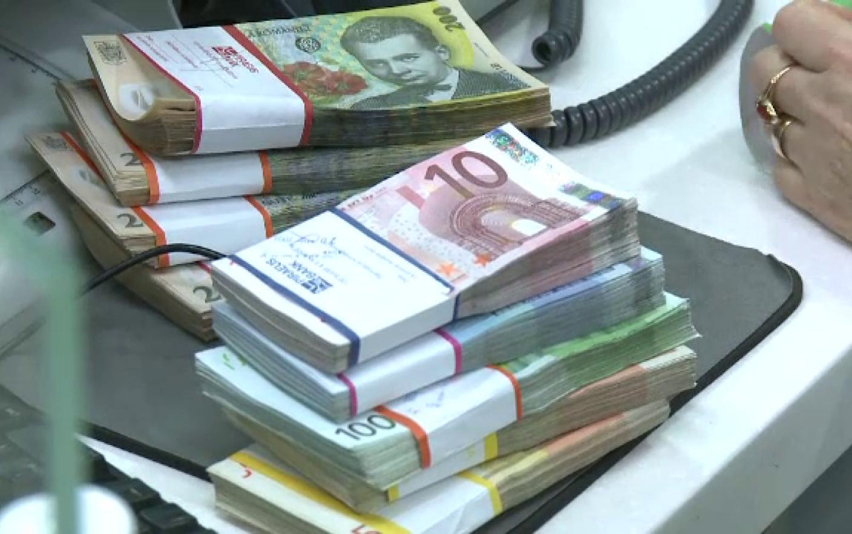 cum să faci bani din videoclipurile altor persoane