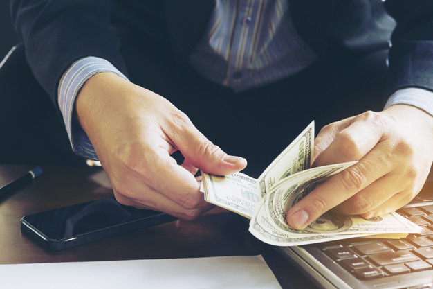 cum să faci bani sau să începi o afacere